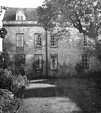 Front exterior and garden of Barton Manor (image from: William Wilkinson, English country houses : sixty-one views and plans of recently erected mansions, private residences, parsonage-houses, farm-houses, lodges, and cottages. 2nd ed., 1875)